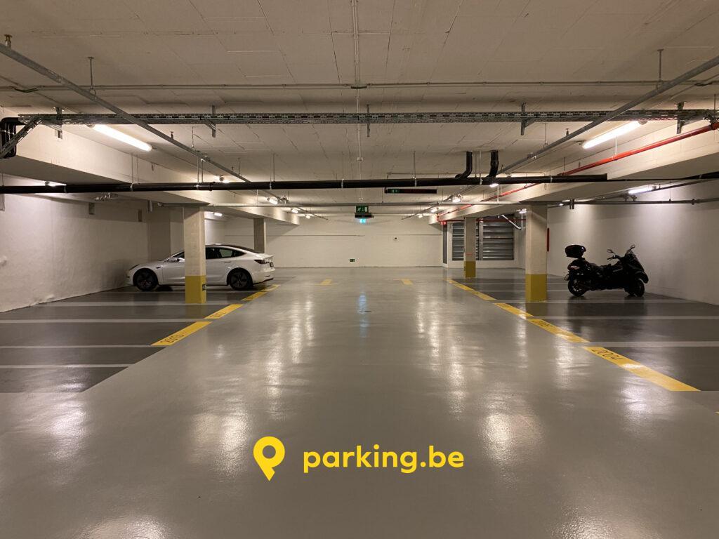 parking-securise-ixelles-toison-dor-shopping-floor